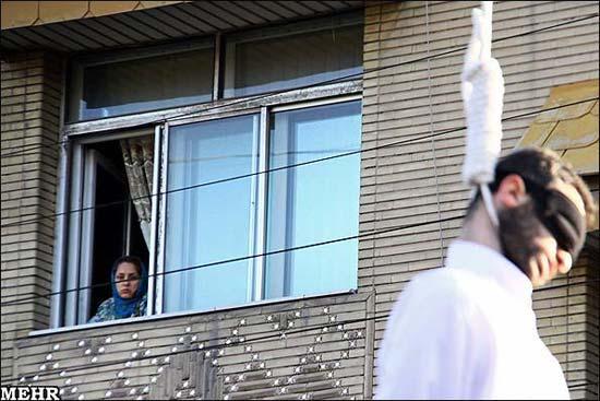 Iran: Unter dem Schleier sterben die Blumen  (3/6)