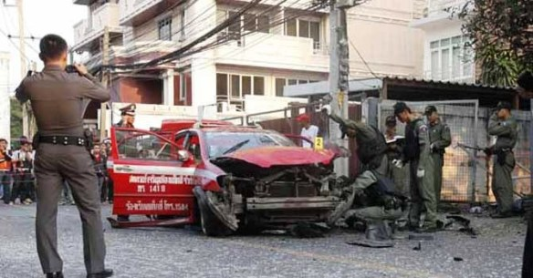 das explodierte Taxi am 14. Februar 2012 in Bangkok, Thailand_Bildquelle dawn