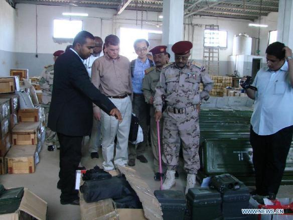 Die Waffen, die am 24.02.2013 vor der Küste Jemen beschlagnahmt wurden_eine UN Inspektion