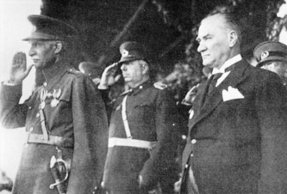 2-Atatürk_Rezâ Šâh