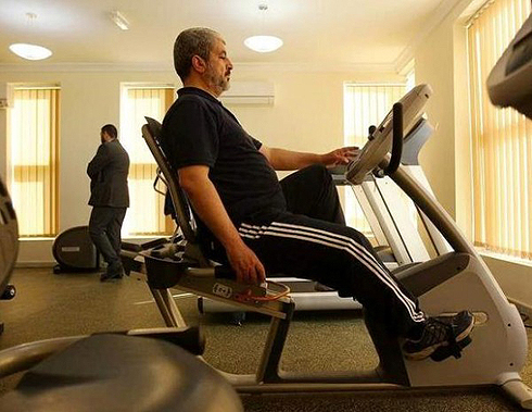Mashal beim Fitness in Katar