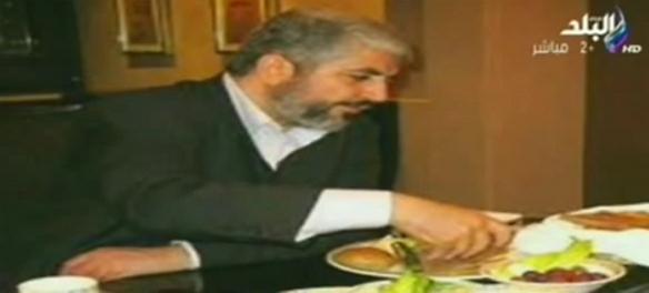 Mashal bei der Mahlzeit