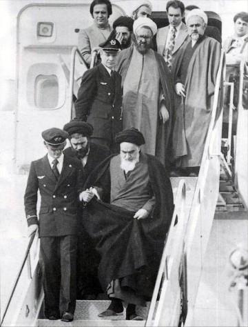 Bildquelle: Wikipedia Khomeini am Mehrabad Airport