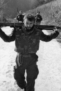 Foto 3: moslemischer Kämpfer aus Srebrenica