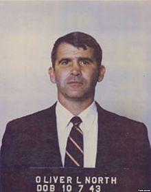 Bildquellle: Wikipedia Lieutenant Colonel Oliver North