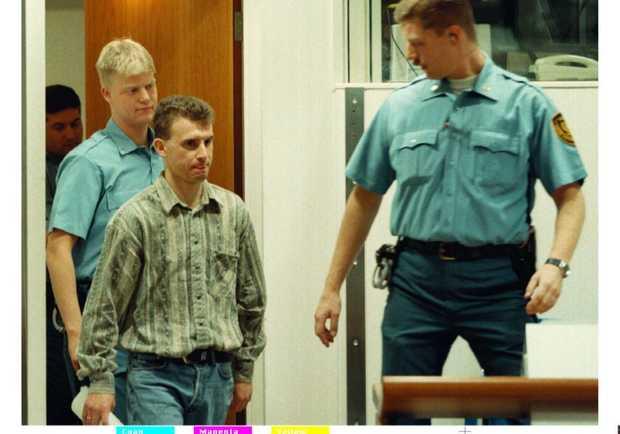 Dražen Erdemović (vorne links im Bild): kroatischer Söldner und Mitglied der 10. Sabotageeinheit