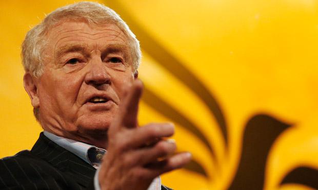Paddy Ashdown: Erzwang durch Einschüchterungen, Drohungen und Erpressungen falsche Geständnisse