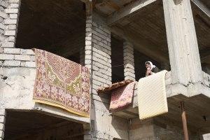 Bildquelle: Iran Human Rights Watch Eine yezidische Familie lebt in einem unfertigen Gebäude