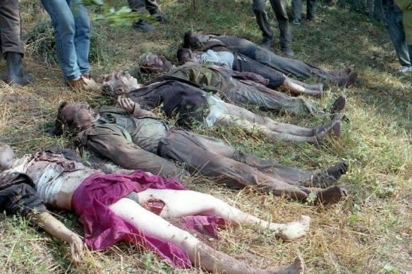 Massakrierte serbische Zivilisten im Umland von Srebrenica. Im Bild die Familie Mišić aus dem Dorf Gornji Šadići