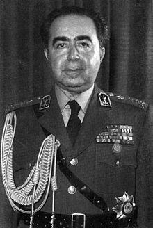 Bildquelle: Wikipedia.org General Hossein Fardust