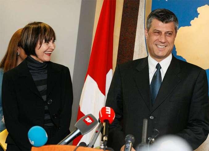 Calmy Rey und Hashim Thaçi